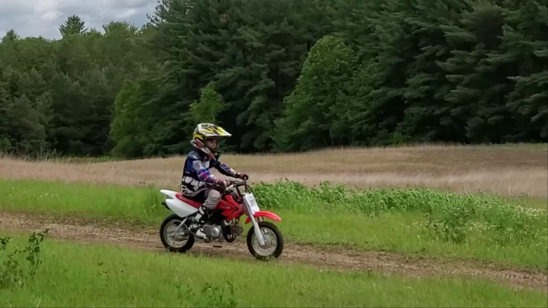 Trail Tours – Dirt Bike Lessons for the Whole Family.
